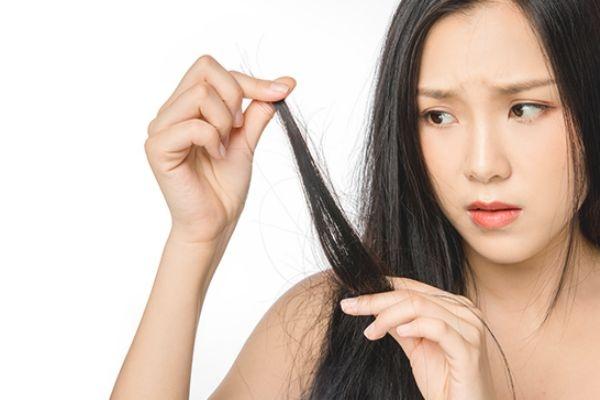 精油涂头发用后要洗吗图片
