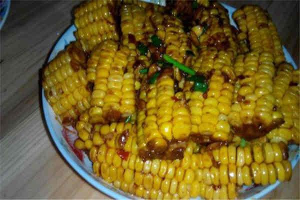 玉米和红薯哪个更减肥 玉米和红薯的减肥功效