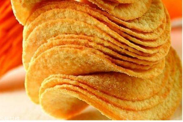 薯片拆开后可以放多久呢 小孩子可以吃薯片吗