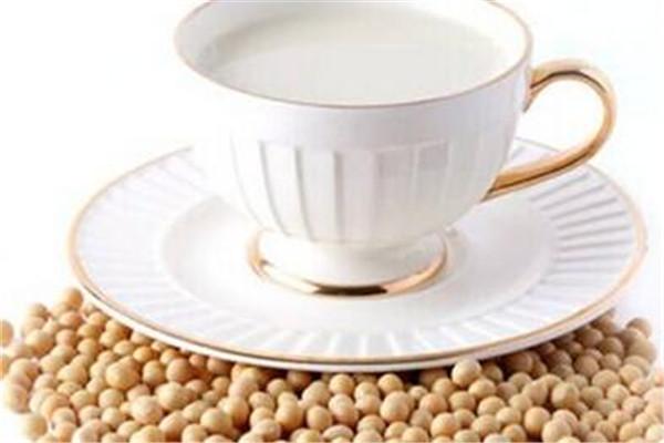 喝豆浆可以吃鸡蛋吗 豆浆最好不要喝鸡蛋一起吃