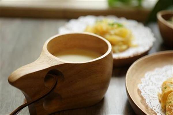 豆浆和什么搭配最好 豆浆可以和健康的食物搭配