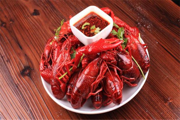 小龙虾可以吃壳吗 小龙虾可以吃的部分有哪些
