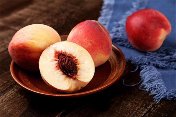 桃子什么时候吃最好 桃子怎么吃比较好