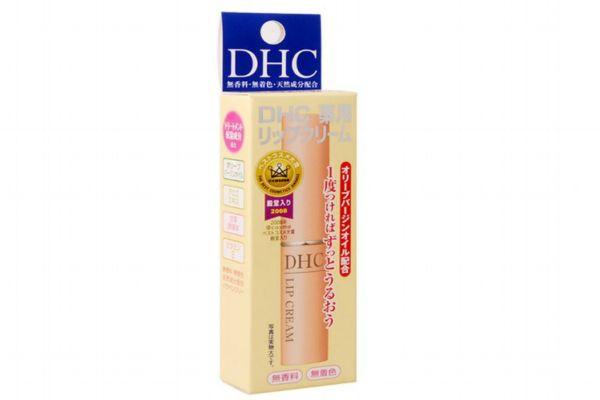 夏天适合用什么牌子的润唇膏 适合夏天用的润唇膏