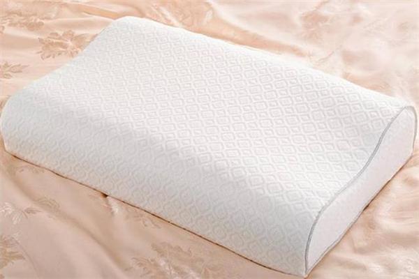 乳胶枕头好用吗 乳胶枕头睡着热吗