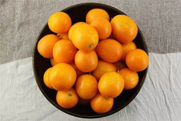 血糖高可以吃金桔吗 糖尿病金桔一次吃几个