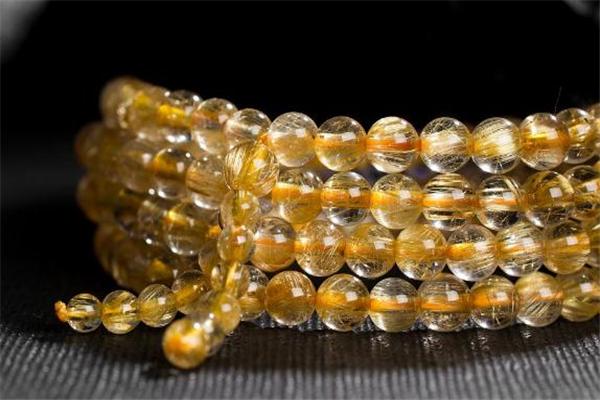 黄发晶的成效与干用 黄发晶的味道