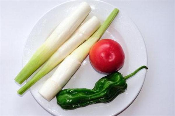 茭白是寒性的吗 茭白胃不好可以吃吗