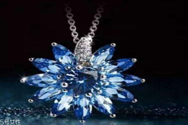 什么是天然水晶呢 天然水晶和人造水晶有什么区别呢