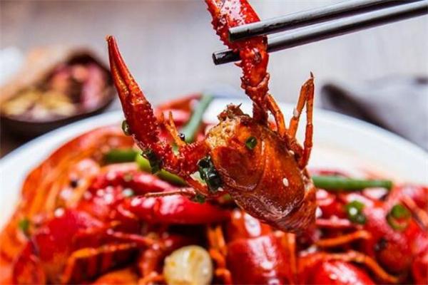 打了玻尿酸可以吃小龙虾吗 打完玻尿酸多久能吃小龙虾