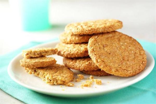 粗粮饼干吃了会胖吗 粗粮饼干可以减肥吗
