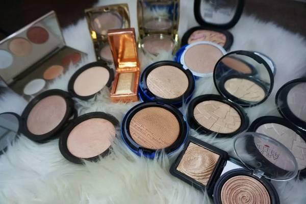 高光在化妆的哪个步骤 高光怎么用