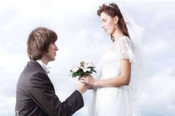 男人结婚后会想前任吗 男人结婚后的心理变化