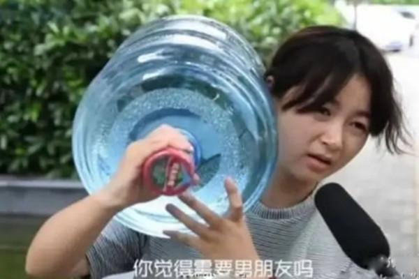 广州同城相亲婚恋网,什么样的女生一看就没谈过恋爱 女生该不该主动追男生