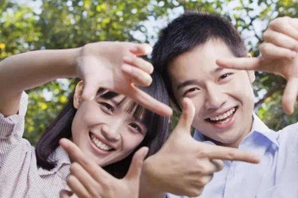 谈恋爱喜欢和合适那个重要 谈恋爱和结婚的本质是什么