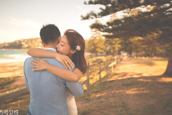 父母不同意的爱情该坚持吗 女方父母不同意我们在一起怎么办
