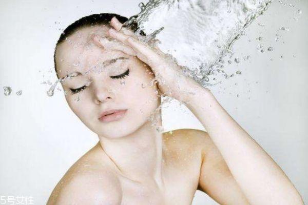 干性皮肤如何补水 干性皮肤补水方法