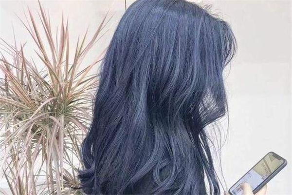 青海波发色适合什么肤色 青海波发色掉色后是什么颜色