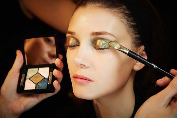 怎么知道自己适合哪种妆容 怎样才能找到适合自己的妆容
