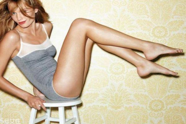 瘦腿针和抽脂瘦腿哪个好 瘦腿针好还是抽脂好