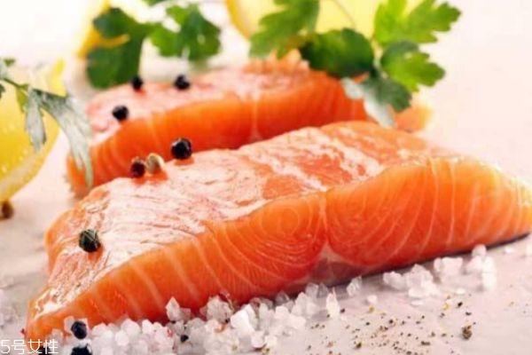 三文鱼有营养价值呢 吃三文鱼有什么好处呢