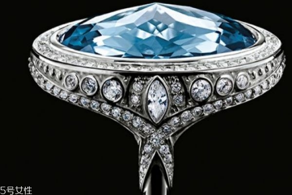 什么是尖晶石呢 尖晶石有什么作用呢
