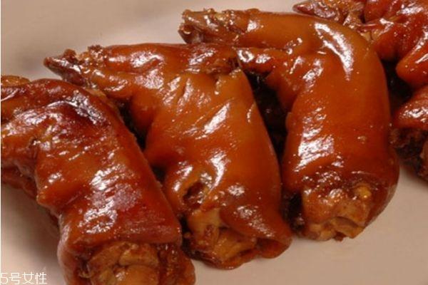 卤猪蹄炒什么好吃 卤猪蹄怎么做才好吃