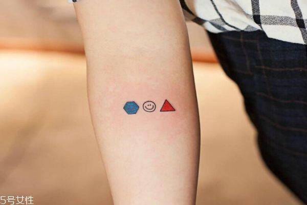 纹身多久才能好图片