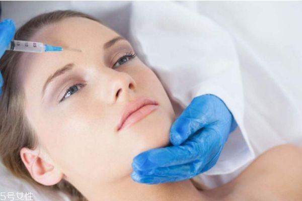 抬头纹除皱针副作用 打抬头纹去皱针的后遗症