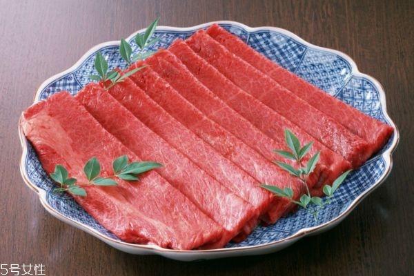 牛肉丝怎么切才嫩 牛肉丝是顺切还是横切
