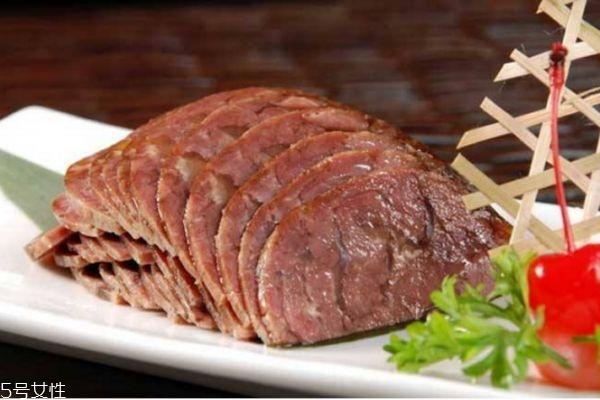 酱牛肉怎么煮好吃切不碎图片