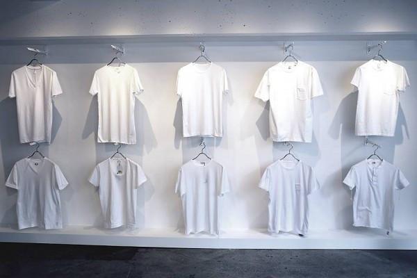 白色上衣配什么颜色的短裙 白色上衣只配蓝色裙子好看吗