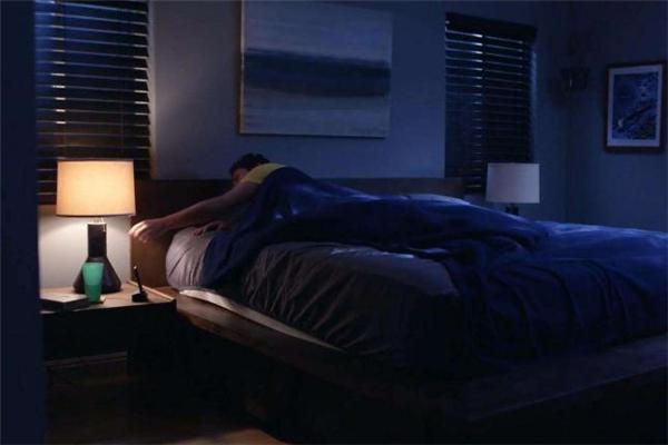 睡觉害怕关灯是什么心理 怎么克服睡觉害怕关灯的心理