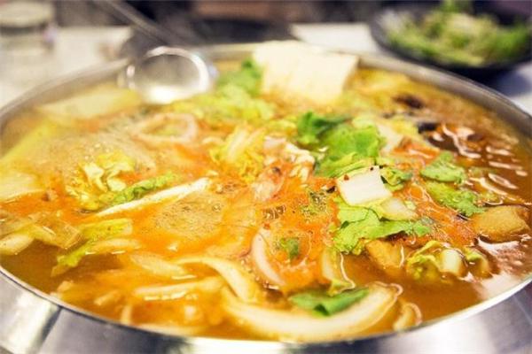 海鲜汤腥味怎么去除 海鲜汤里面放什么调料