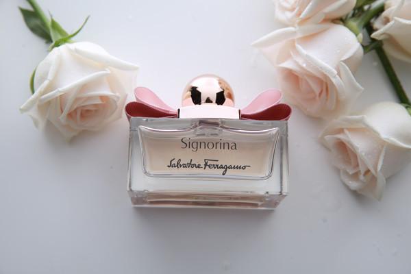 香膏和香水的区别 香膏怎么用