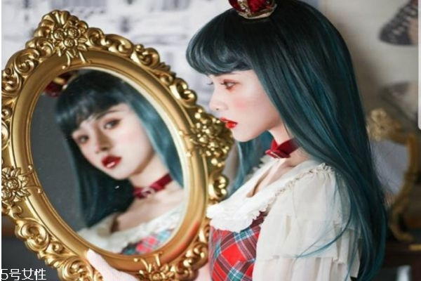 什么是洛丽塔风格 病娇洛丽塔妆容画法