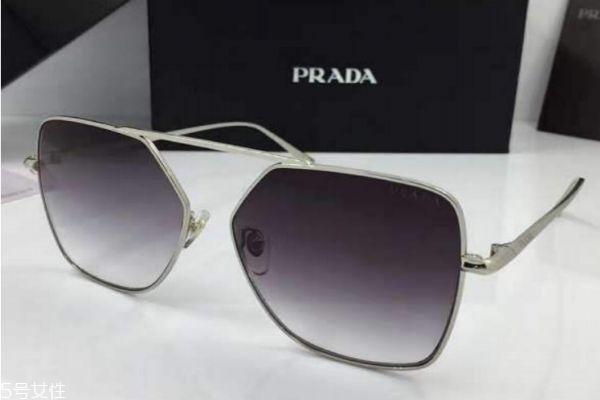 普拉达眼镜怎么样呢 普拉达眼镜是什么档次的呢