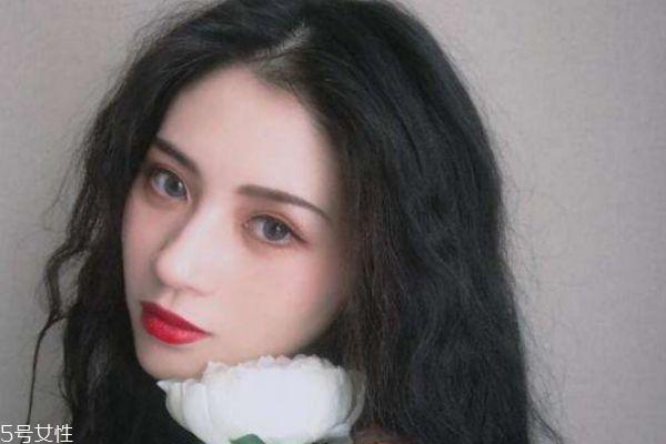 化妆为什么不如素颜美 这些化妆原则要遵守