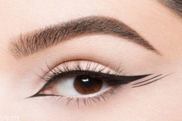 开眼角和割双眼皮有什么区别呢 开眼角有要注意的吗
