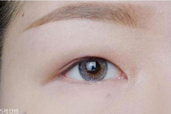 怎样快速消除肿泡眼 肿泡眼可以按摩消除吗