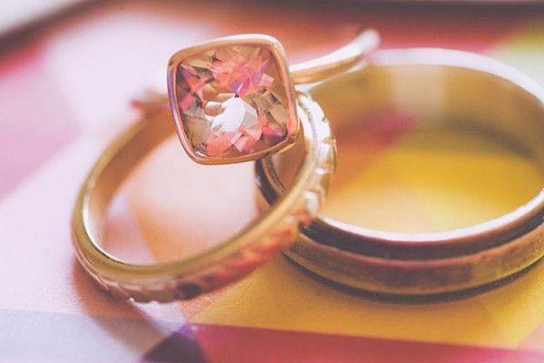 挑选钻戒的省钱技巧 挑选结婚钻戒的技巧