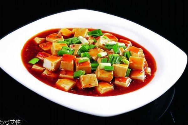 豆腐怎么做好吃呢 豆腐的主要成分是什么呢