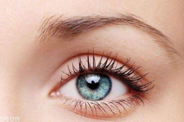 经常睁眼睛眼睛会变大吗 眼睛怎么能自然变大呢