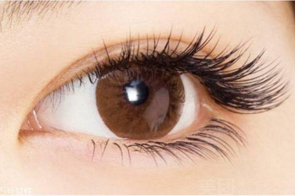 睫毛比较稀疏是什么原因呢 如何拥有浓密睫毛呢
