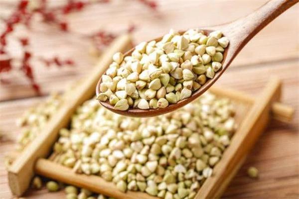 甜荞麦和苦荞麦的区别 甜荞麦和苦荞麦哪个好