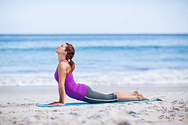 拜日式瑜伽的基本动作有哪些 拜日式瑜伽怎么做