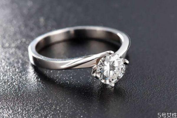 钻石会贬值吗 钻石的价格为什么那么贵呢