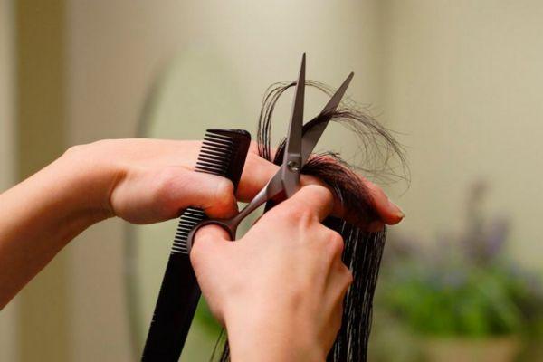 头发多久剪一次比较好 剪头发也有讲究