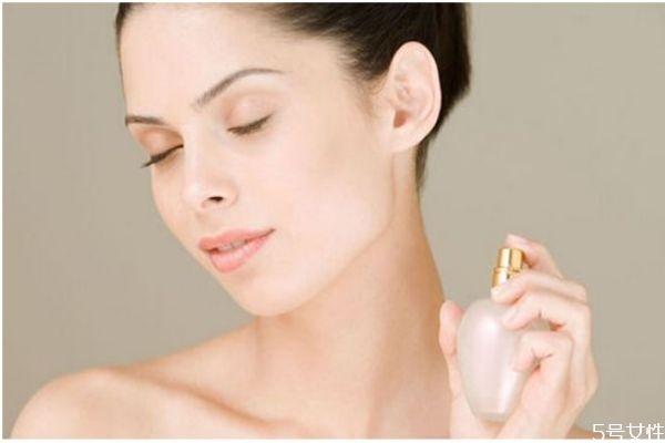 香水能持续多久 香水一般分为哪几大类