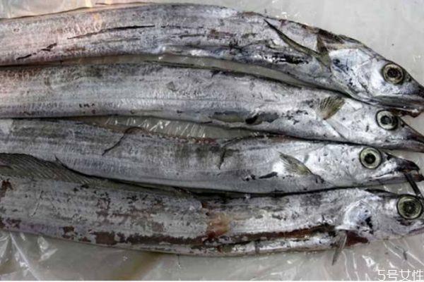 带鱼生长在什么环境里呢 带鱼的热量有多少呢